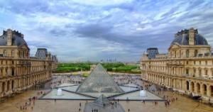 Luvro-muziejus-Paryzius-370x195